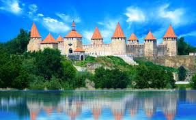 Excursions Moldova Moldova and its her walls who watches 20€